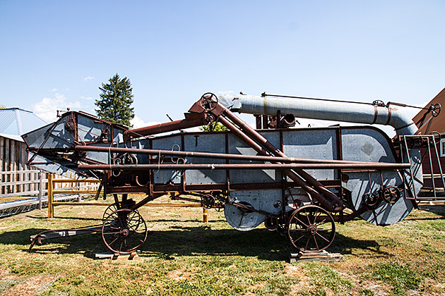 Antique-Harvesting-Machine