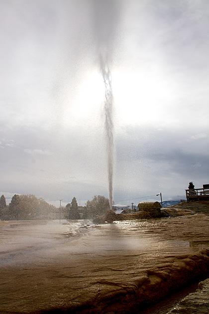 Geyser-Soda-Springs